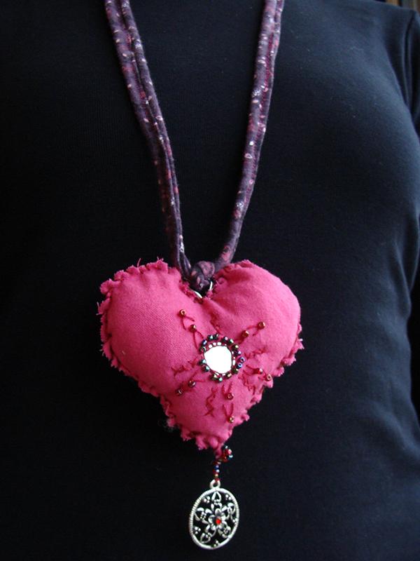 DIY  créer un pendentif en cœur récup' pour la st Valentin12