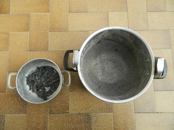 DIY  comment fabriquer sa lessive maison, avec les cendres de la cheminée  (1)