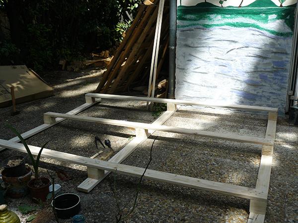 construction lit en palettes 3